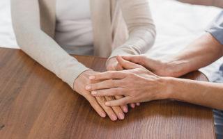 Как правильно подобрать и выразить соболезнования в связи со смертью: примеры и рекомендации